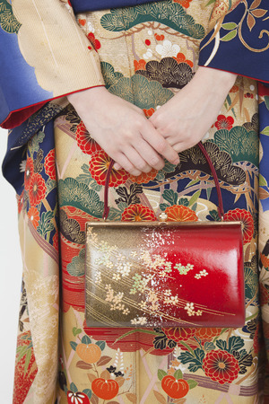 early 20s: Womens glove compartment of kimono figure