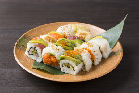 fill up: California roll Assorted