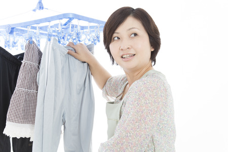 midst: Housewife called in the midst of housework
