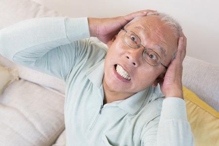 the elderly residence: Senior men facing the head