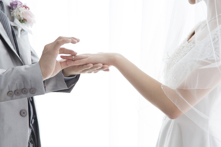 Bride and groom to exchange rings 스톡 콘텐츠