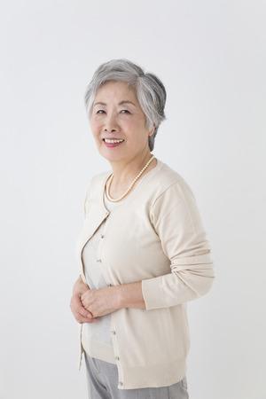Senior vrouw glimlachend