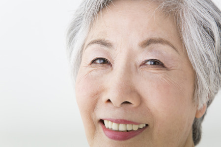 to be pleasant: Senior woman smiling