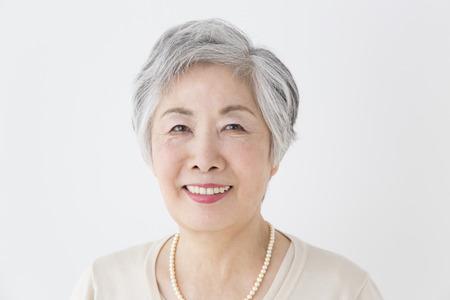japonais: Senior femme souriante Banque d'images