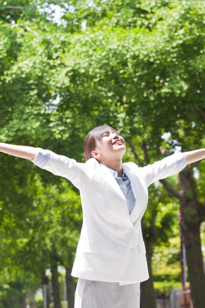 extend: Businesswoman to extend both hands