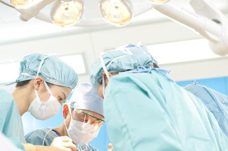operation gown: Cirug�a cirujano Foto de archivo