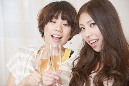 resound: 2 women with champagne
