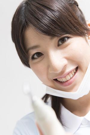 quasi: dental hygienist with 2way syringe