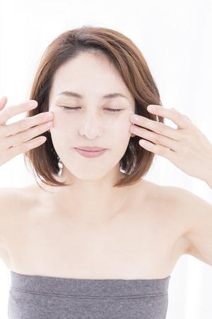 Women to face massage Zdjęcie Seryjne