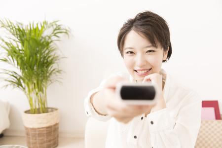 Vrouwen tv kijken Stockfoto