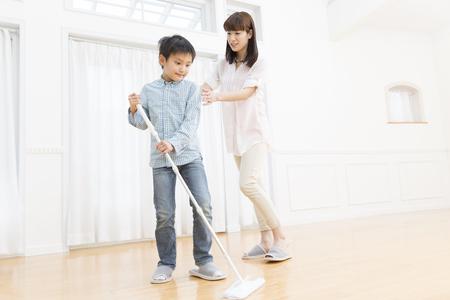 母と息子をきれいにする
