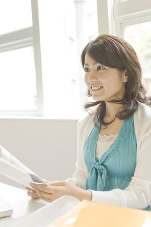 desk work: Women who have a desk work