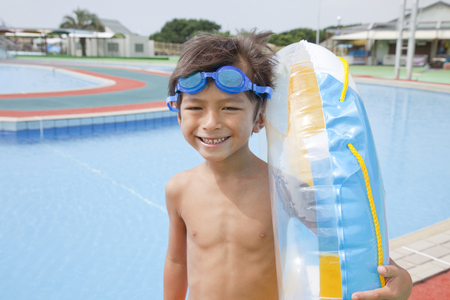 wading: Boy swimsuit with float