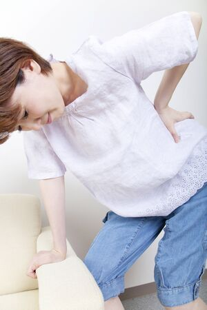 middle joint: Middle women suffer from low back pain