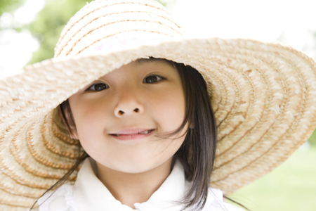 Girl who suffered a straw hat