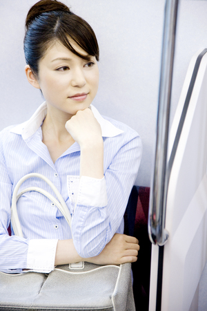commuting: Commuting in women