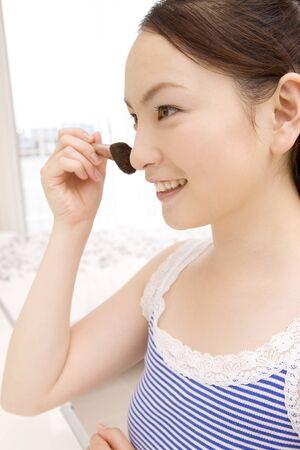 cheek: Woman to the cheek makeup