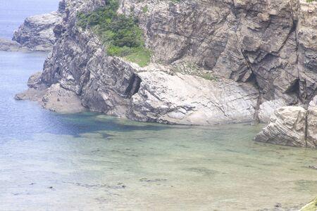 bidding: Rock was a bidding to sea