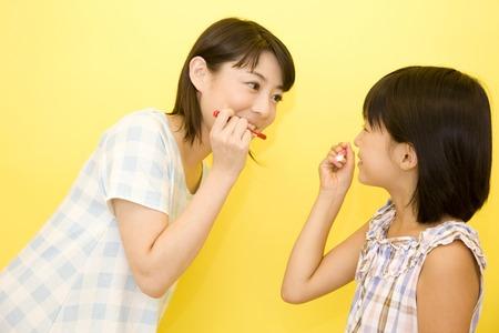 親と子の歯を磨く