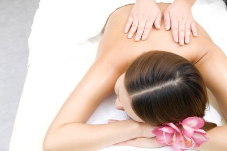 sound healing: Women undergoing beauty treatments