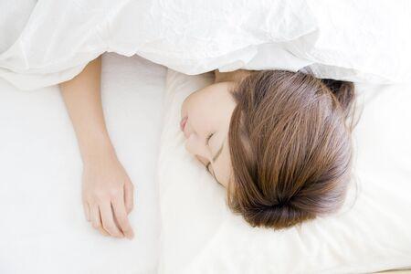 seres vivos: Mujer durmiendo  Foto de archivo