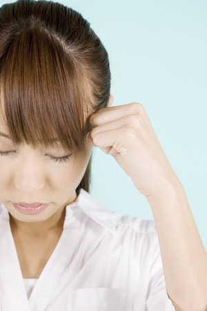 the weariness: Women suffer from headaches