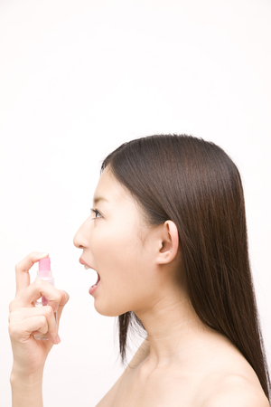 bad breath: Women who use the bad breath spray