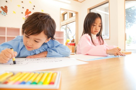 kindy: Kindergarten to the painting
