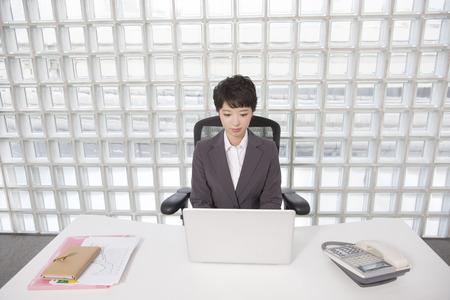 desk work: OL to desk work