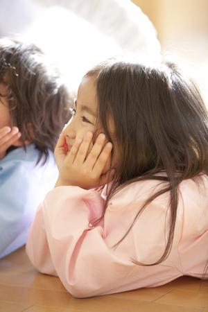 smocking: Smiling, Chin on preschool children