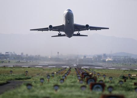 jumbo jet: Airplane
