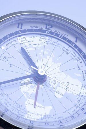 国際時計のダイアル アップ