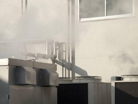 vapore acqueo: Ciminiere e vapore acqueo