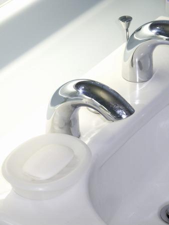 lavamanos: Lavabo y jabón de tocador
