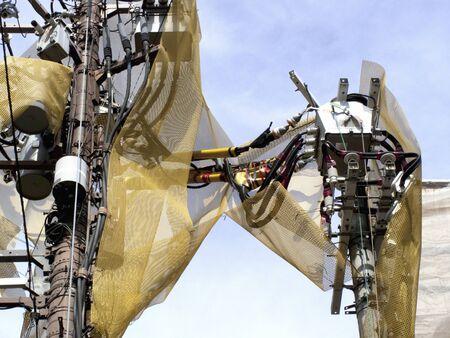descarga electrica: El�ctrica neta de prevenci�n de choque de poste de electricidad