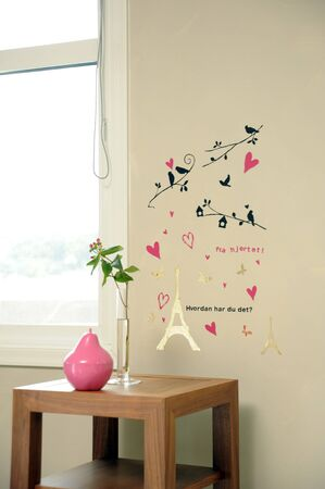 window seal: Wall stickers to put on the walls and windows