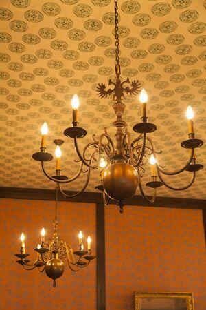 retro: Kapitan room chandelier