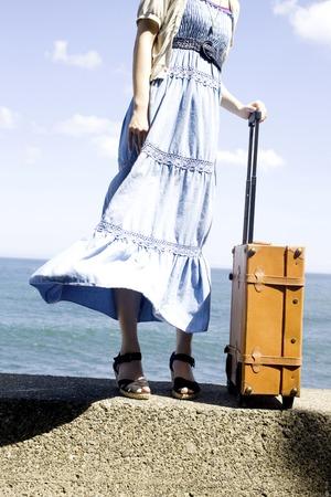 seres vivos: Mujer con bolsa de transporte