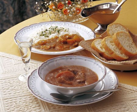 beef stew: Pork curry and beef stew