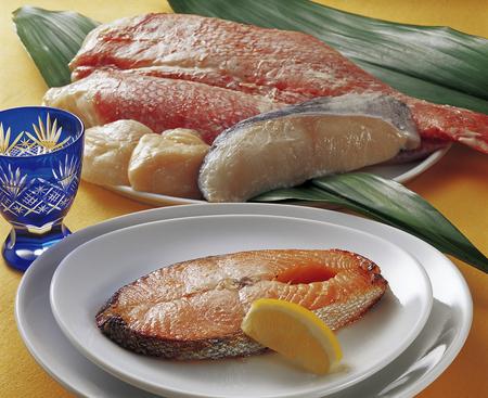 king salmon: Dregs building and salmon steak seafood