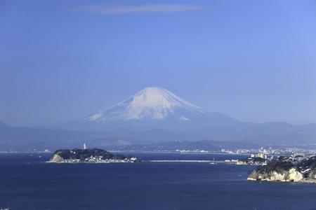enoshima: Enoshima and Mt. Fuji
