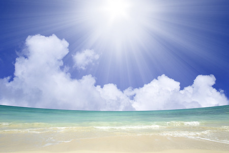 The Sun and the North Shore sea Stock Photo