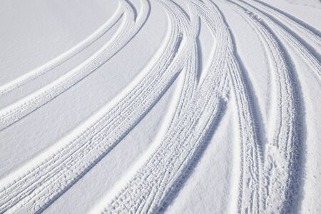 tire marks: Tire marks of snow