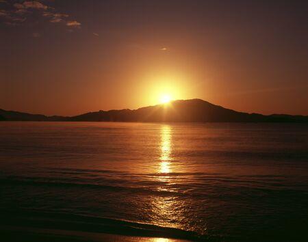 amanecer: Salida del sol de la costa Rikuchu