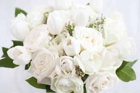 Bouquet de roses blanches Banque d'images - 40281937