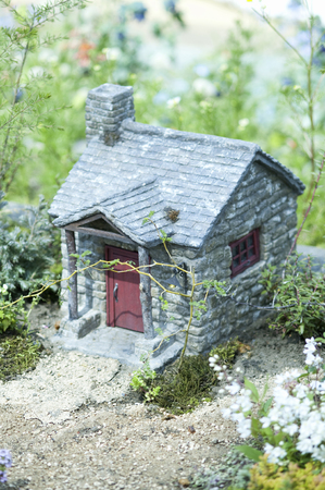 brick house: Miniature brick house