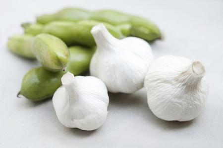 familiy: Garlic and broad beans