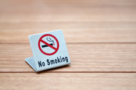 non: Signs of non smoking
