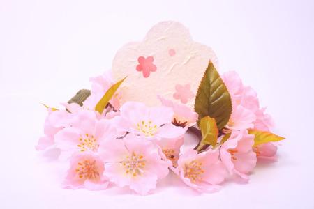 和紙の桜と花型