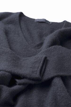 v neck: V-neck cashmere sweater